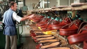 trabajador-industria-calzado-644x362-300x168
